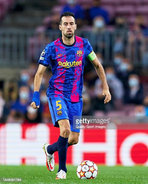 Sergio Busquets of FC Barcelona runs with the ball during the UEFA Champions League group E match between FC Barcelona and Dinamo Kiev at Camp Nou on...