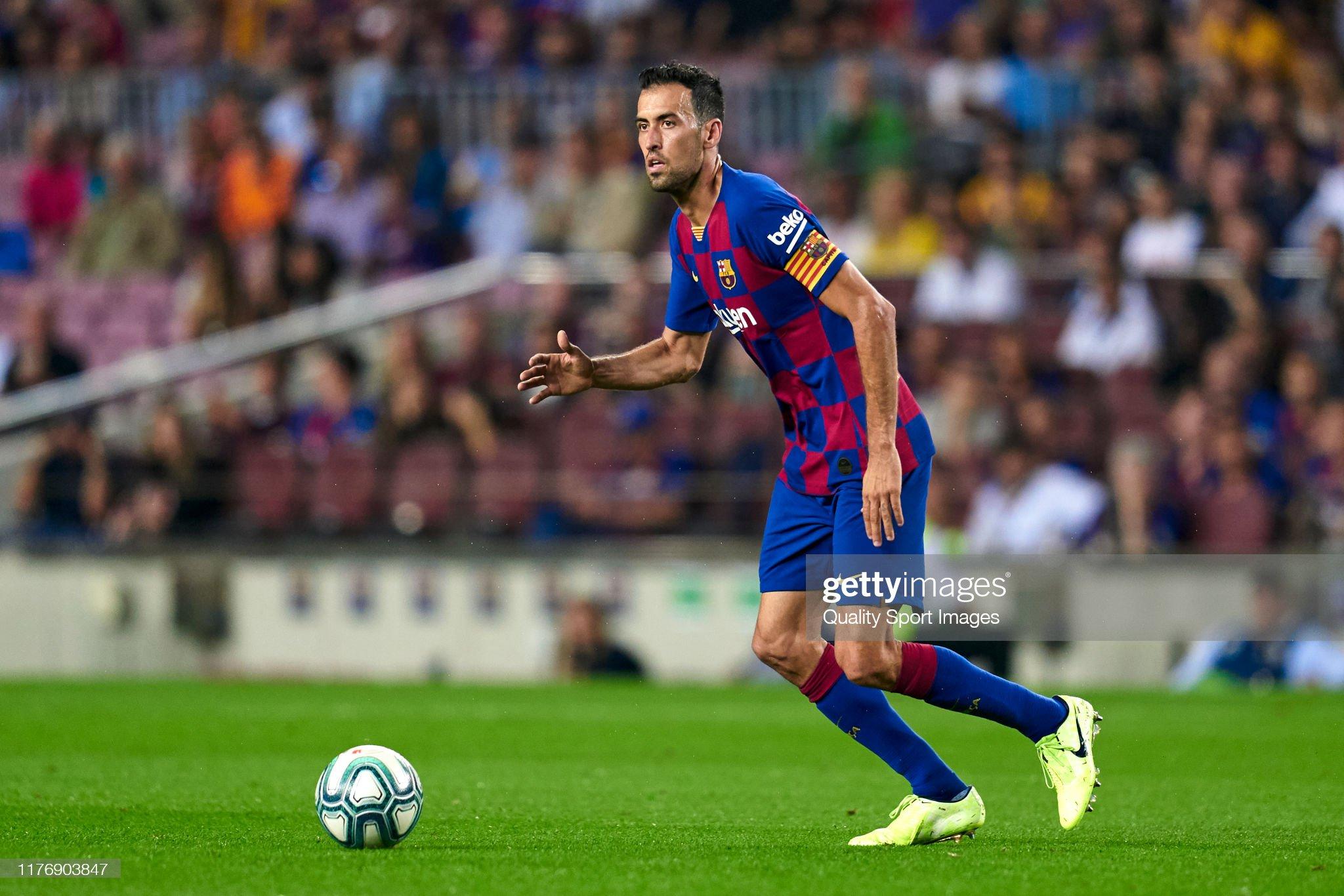 صور مباراة : برشلونة - فياريال 2-1 ( 24-09-2019 )  Sergio-busquets-of-fc-barcelona-with-the-ball-during-the-liga-match-picture-id1176903847?s=2048x2048