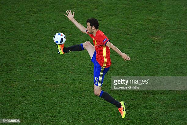 Sergio Busquets of Spain controlls the ball during the UEFA EURO 2016 Group D match between Spain and Turkey at Allianz Riviera Stadium on June 17,...