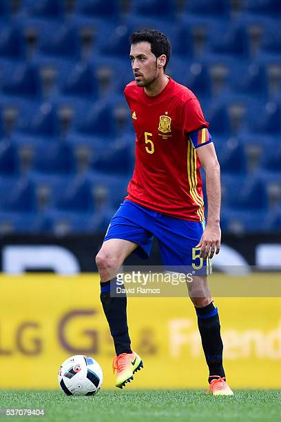 Sergio Busquets of Spain runs with the ball during an international friendly match between Spain and Korea at the Red Bull Arena stadium on June 1...