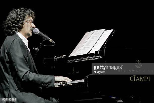 Sergio Cammariere returns on January 18 2015 to the Auditorium Parco della Musica in Rome to present quotHand in Handquot the new solo album which...