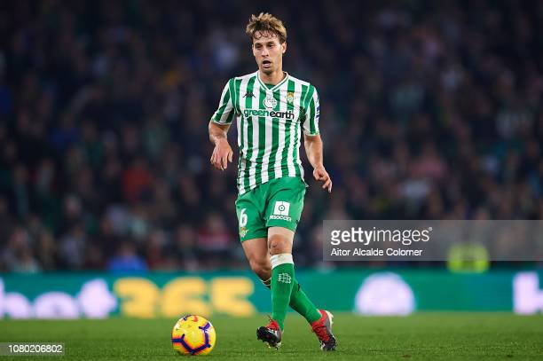 Sergio Canales of Real Betis Balompie in action during the La Liga match between Real Betis Balompie and Rayo Vallecano de Madrid at Estadio Benito...
