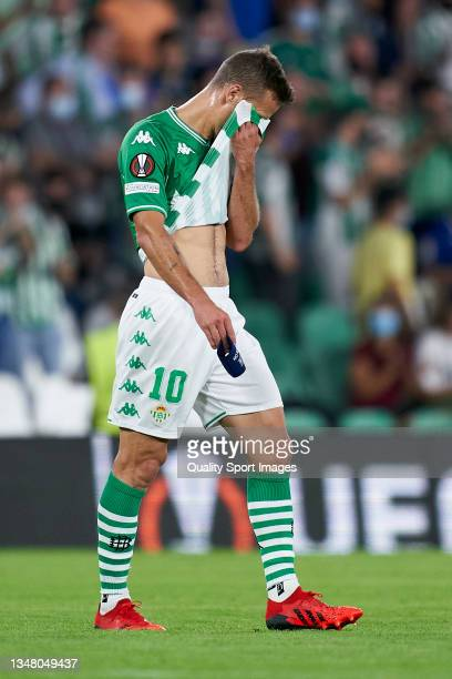 Sergio Canales of Real Betis reacts during the UEFA Europa League group G match between Real Betis and Bayer Leverkusen at Estadio Benito Villamarin...