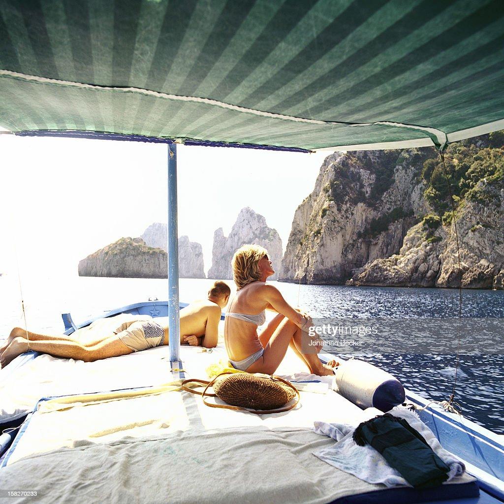 La Dolce Capri, Vanity Fair, May 1, 2001 : News Photo