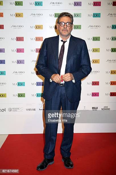 Sergio Castellitto attends a photocall for the MAXXI Acquisition Gala Dinner 2016 at Maxxi Museum on November 7 2016 in Rome Italy