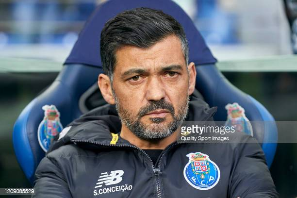 Sergio Conceicao manager of FC Porto looks on prior to the UEFA Europa League round of 32 second leg match between FC Porto and Bayer 04 Leverkusen...