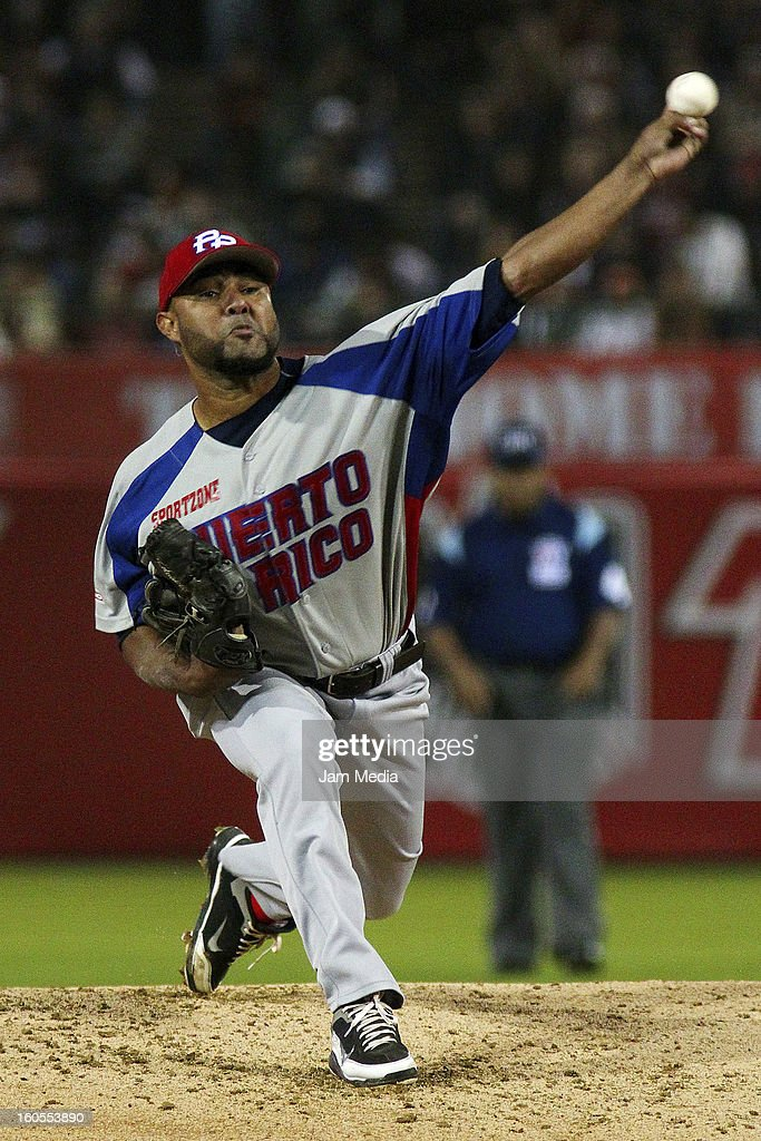 Sergio Espinoza pitcher of Puerto Rico during the Caribbean Series Baseball 2013 in Sonora Stadium on february 1, 2013 in Hermosillo, Mexico.
