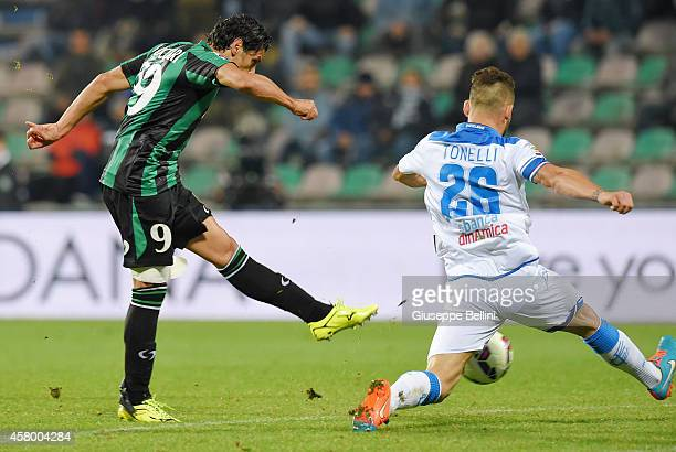 Sergio Floccari of Sassuolo scores the goal 21 during the Serie A match between US Sassuolo Calcio and Empoli FC at Mapei Stadium on October 28 2014...
