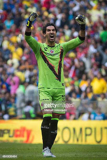 Sergio Garcia goalkeeper of Veracruz celebrates a goal of his team during a 6th round match between America and Veracruz as part of Apertura 2015...