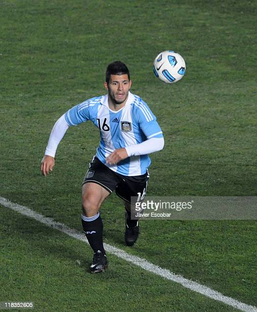 Sergio Kun Aguero from Argentina conducts the ball during a match between Argentina and Colombia as part of the group A of the Copa America 2011 at...
