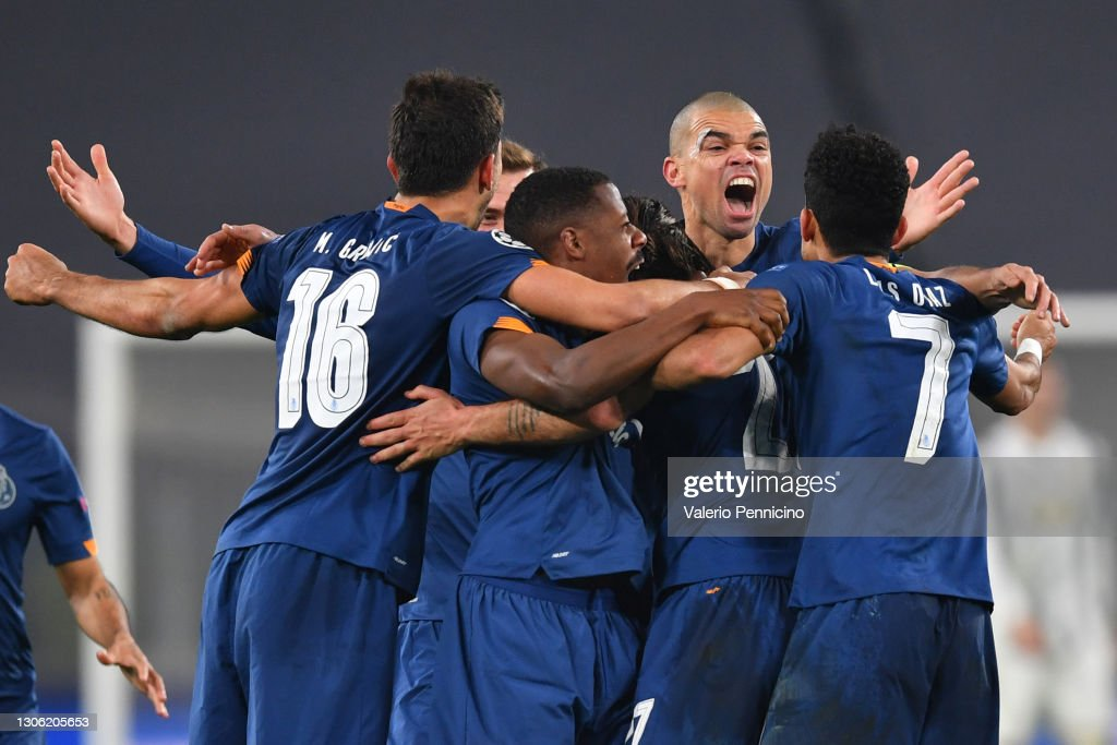 Juventus v FC Porto  - UEFA Champions League Round Of 16 Leg Two : News Photo