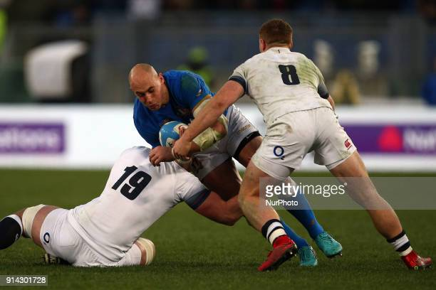 Sergio Parisse of Italy fight for the ball during the Six Nations 2018 match between Italy and England at Olympic Stadium on February 04 2018 in Rome...