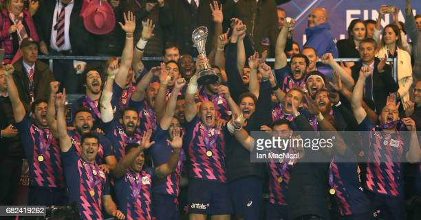 Sergio Parisse of Stade Francais lifts the trophy following his team's 2517 victory during the European Rugby Challenge Cup Final between Gloucester...