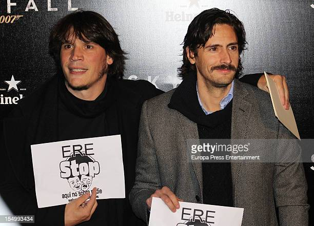 Sergio Peris Mencheta and Juan Diego Botto attend 'Skyfall' premiere at Teatro Real on October 29 2012 in Madrid Spain
