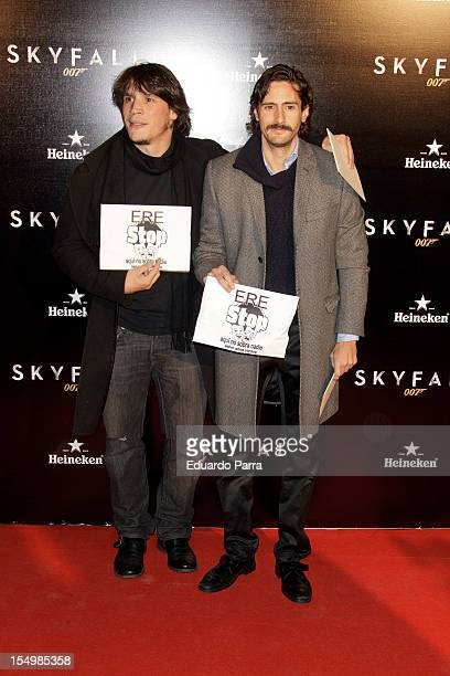 Sergio Peris Mencheta and Juan Diego Botto attend the 'Skyfall' premiere photocall at Santa Ana square on October 29 2012 in Madrid Spain