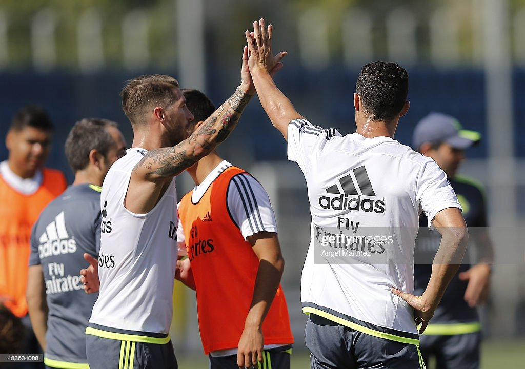 Real Madrid Training Session : News Photo