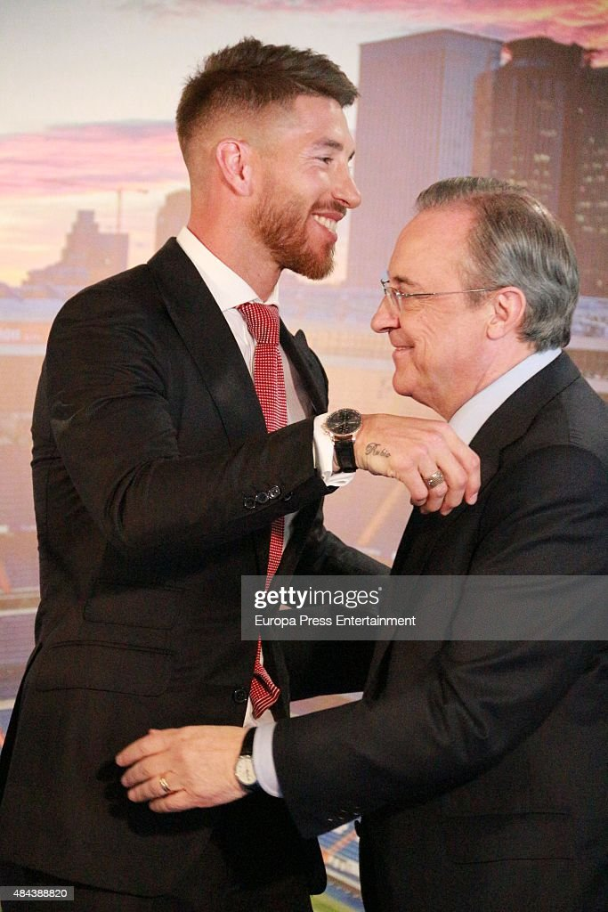 Sergio Ramos (L) and Florentino Perez (R) during a press conference to announce Ramos' new five-year contract with Real Madrid at the Santiago Bernabeu stadium on August 17, 2015 in Madrid, Spain.