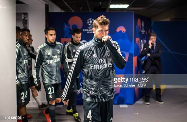 Sergio Ramos of Madrid and his team prepare themselves for the warmup in the players tunnel prior to the UEFA Champions League Round of 16 First Leg...