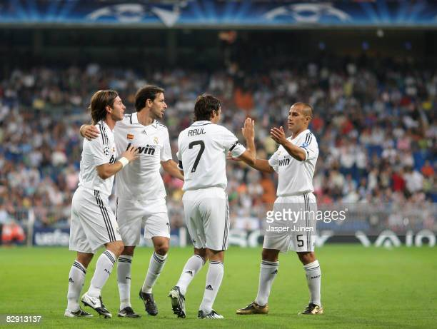 Sergio Ramos of Real Madrid celebrates his opening goal with his teammates Ruud van Nistelrooy , Raul Gonzalez and Fabio Cannavaro during the UEFA...