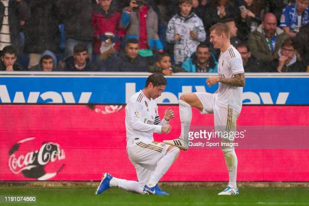 Sergio Ramos of Real Madrid CF celebrates after scoring the first goal of his team with teammate Toni Kroos during the Liga match between Deportivo...