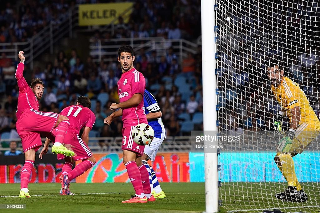 Real Sociedad de Futbol v Real Madrid CF - La Liga : News Photo