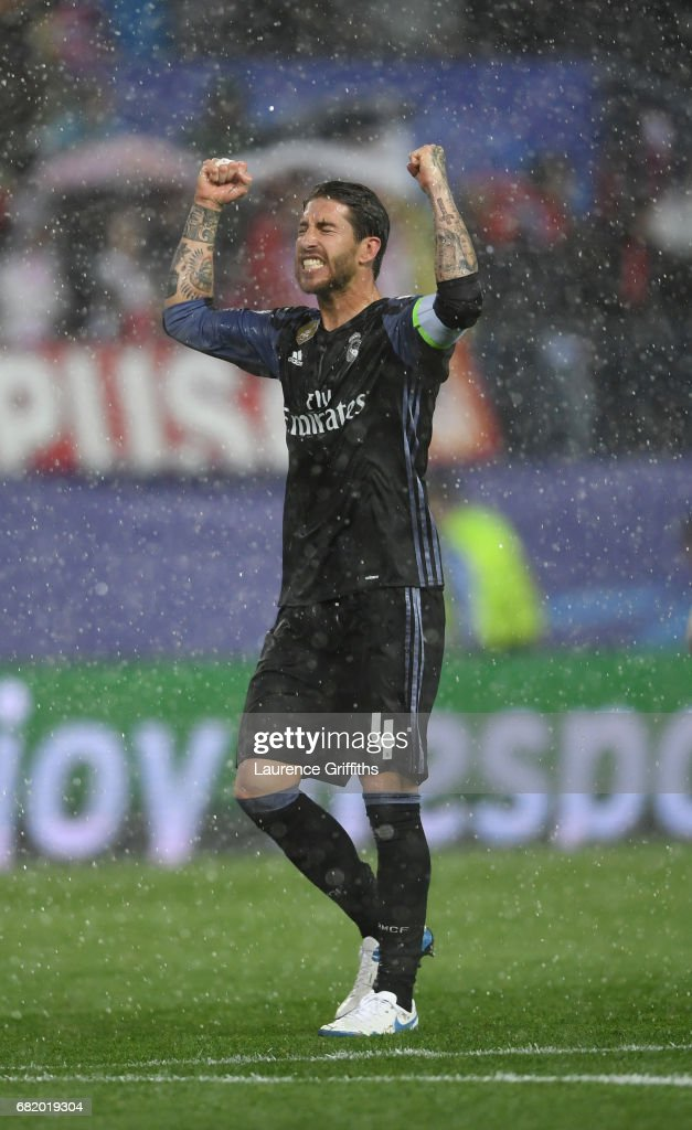 Sergio Ramos of Real Madrid clelbrates on the final whistle during the UEFA Champions League Semi Final second leg match between Club Atletico de Madrid and Real Madrid CF at Vicente Calderon Stadium on May 10, 2017 in Madrid, Spain.