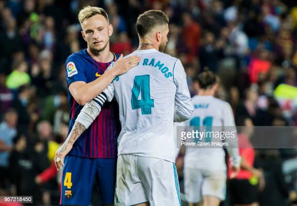 Sergio Ramos of Real Madrid hugs Ivan Rakitic of FC Barcelona after the La Liga match between Barcelona and Real Madrid at Camp Nou on May 6 2018 in...