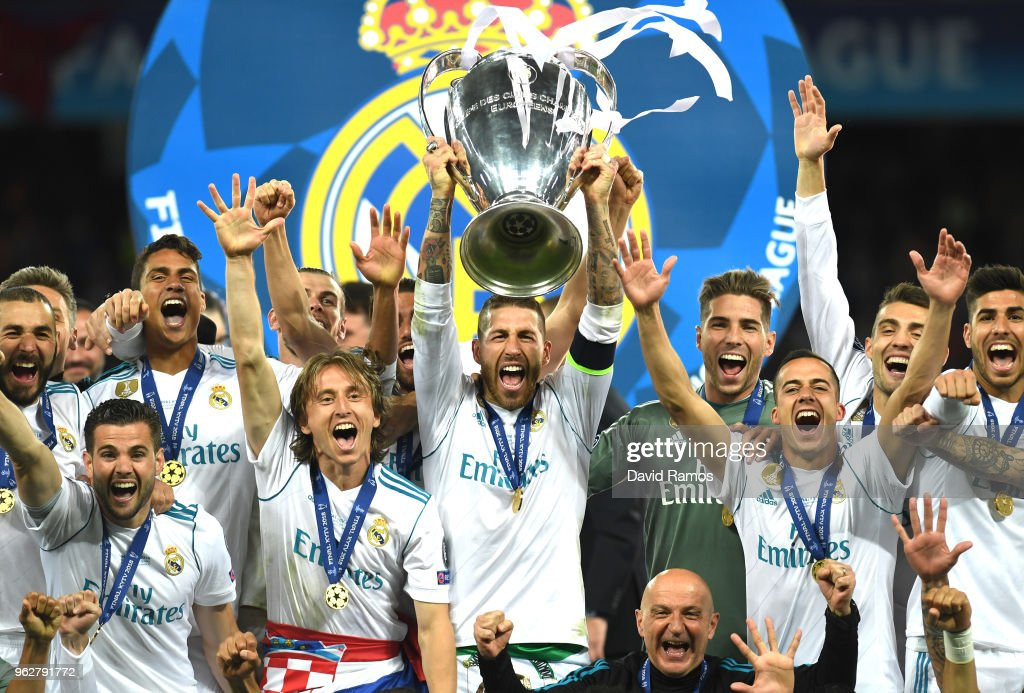 Sergio Ramos of Real Madrid lifts The UEFA Champions League trophy following their side's victory in the UEFA Champions League Final between Real Madrid and Liverpool at NSC Olimpiyskiy Stadium on May 26, 2018 in Kiev, Ukraine.