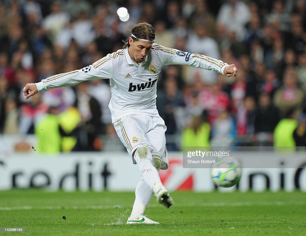 Real Madrid v Bayern Munich - UEFA Champions League Semi Final : News Photo