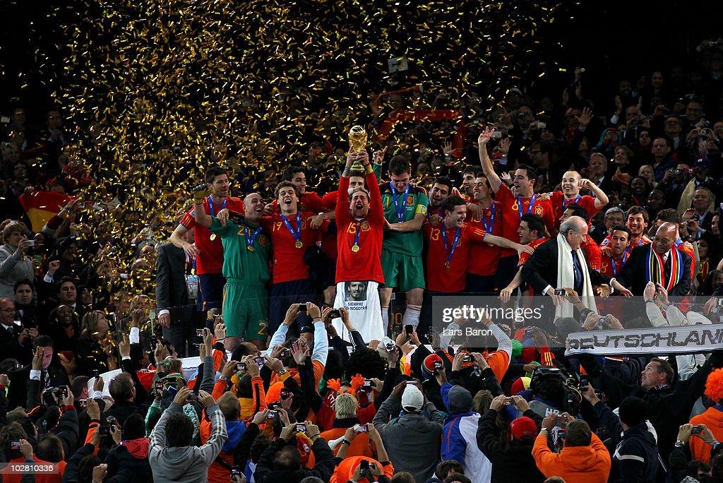 Netherlands v Spain: 2010 FIFA World Cup Final : Foto di attualità