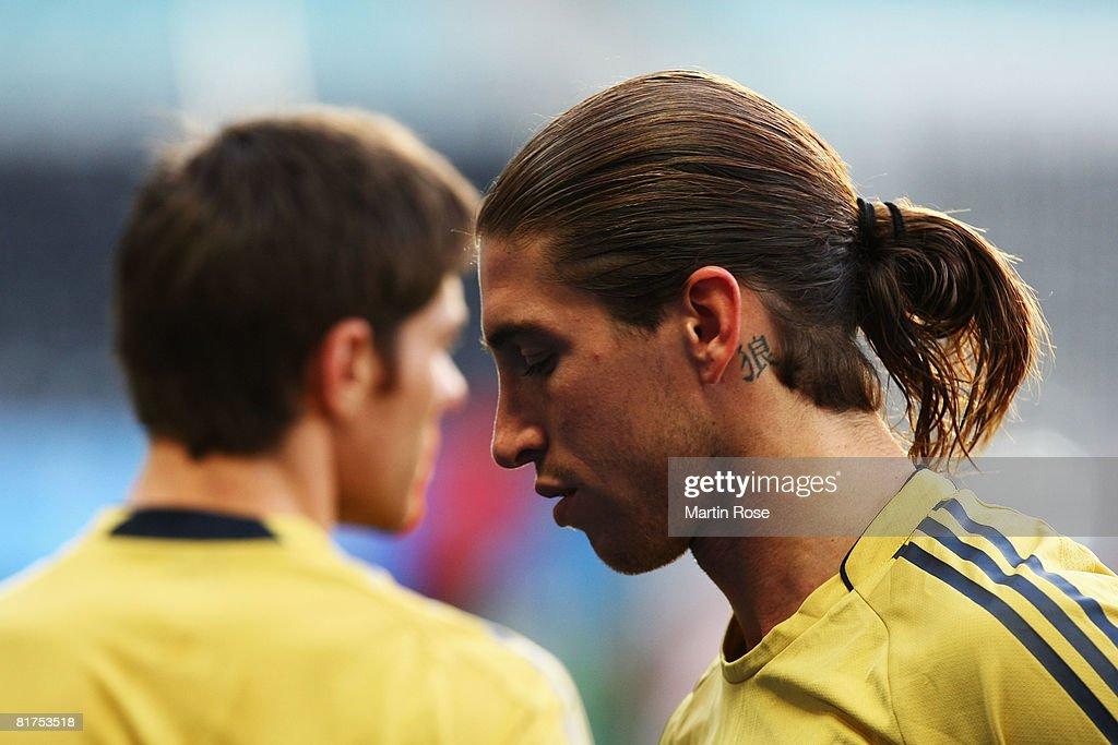 Euro 2008 - Spain Training : ニュース写真