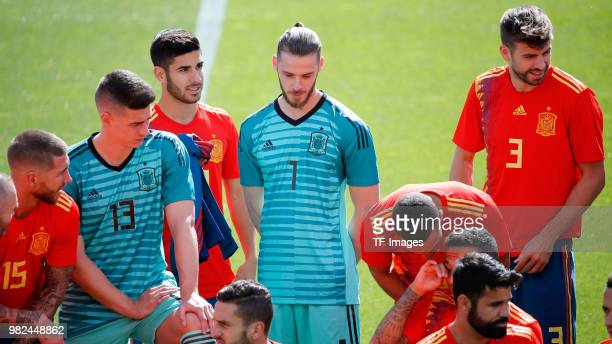 Sergio Ramos of Spain Kepa of Spain Marco Asensio of Spain David De Gea of Spain and Gerard Piqie of Spain look on during a training session on June...