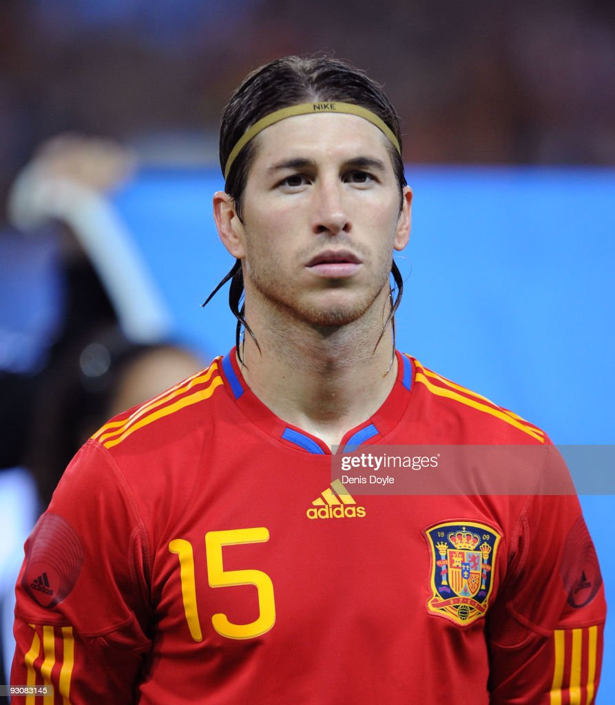 Sergio Ramos of Spain lines-up before the International friendly match between Argentina and Spain at the Vicente Calderon stadium on November 14, 2009 in Madrid, Spain.