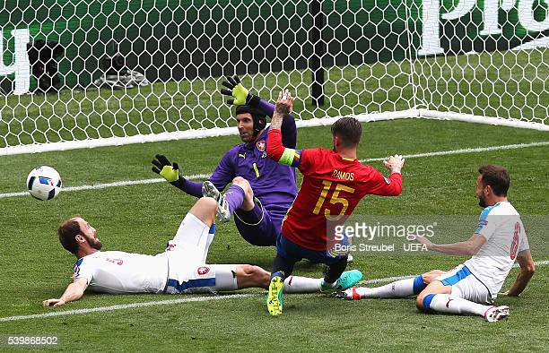 Sergio Ramos of Spain shoots at goal while Roman Hubnik Petr Cech and Tomas Sivok of Czech Republic try to block during the UEFA EURO 2016 Group D...