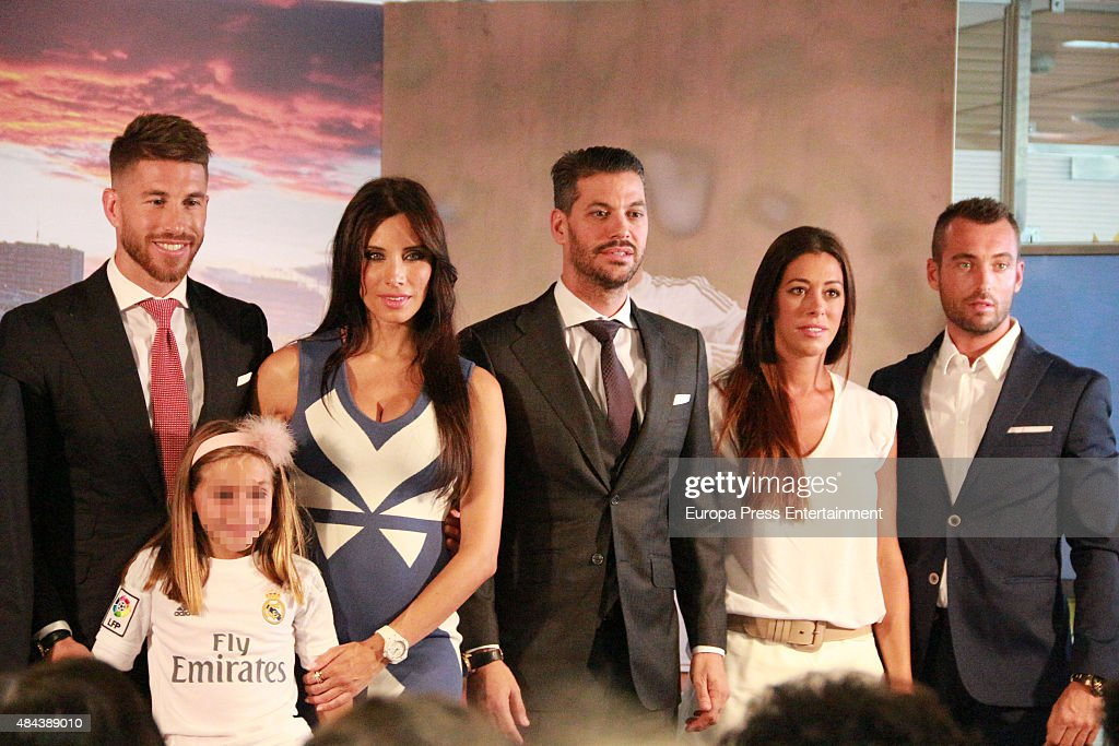 Sergio Ramos (L), Pilar Rubio (2L) and Rene Ramos (3L) during a press conference to announce Ramos' new five-year contract with Real Madrid at the Santiago Bernabeu stadium on August 17, 2015 in Madrid, Spain.