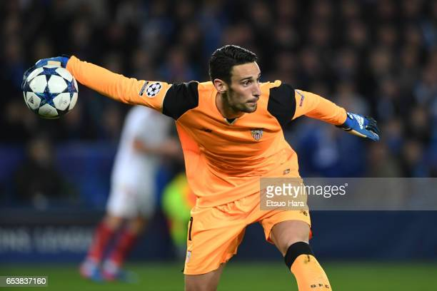 Sergio Rico of Sevilla in action during the UEFA Champions League Round of 16 second leg match between Leicester City and Sevilla FC at The King...