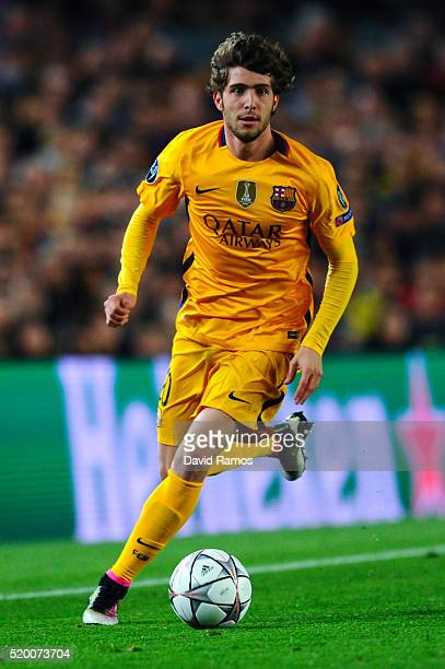 Sergio Roberto of FC Barcelona runs with the ball during the UEFA Champions League quarter final first leg match between FC Barcelona and Club...