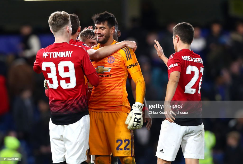 Chelsea FC v Manchester United - FA Cup fifth round match : News Photo