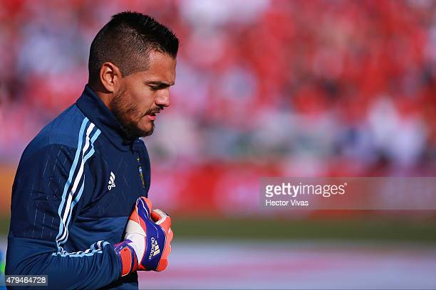 Sergio Romero of Argentina looks on prior the 2015 Copa America Chile Final match between Chile and Argentina at Nacional Stadium on July 04 2015 in...