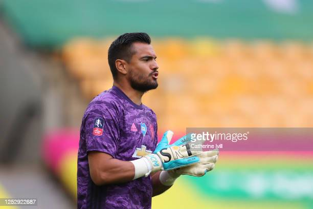Sergio Romero of Manchester United gives his team instructions during the FA Cup Quarter Final match between Norwich City and Manchester United at...