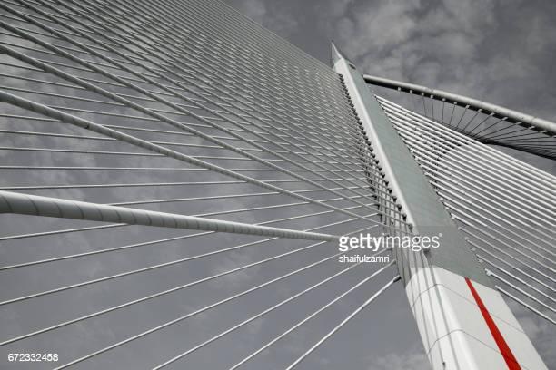 seri wawasan bridge in putrajaya, malaysia - shaifulzamri stock pictures, royalty-free photos & images