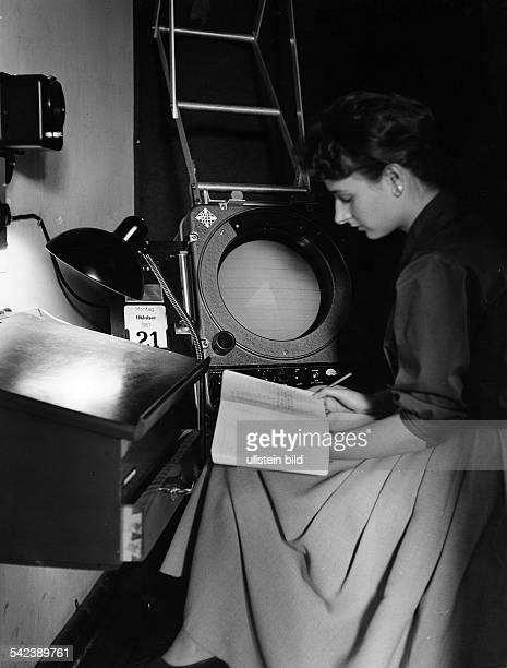 Meteorologisches Institut derFreien Universität BerlinWetterRadar 1964Aufnahme Fritz Eschen