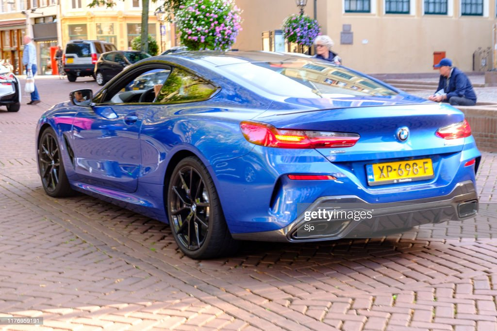 BMW Serie 8 Coupe - BMW M850i coche deportivo exclusivo : Foto de stock