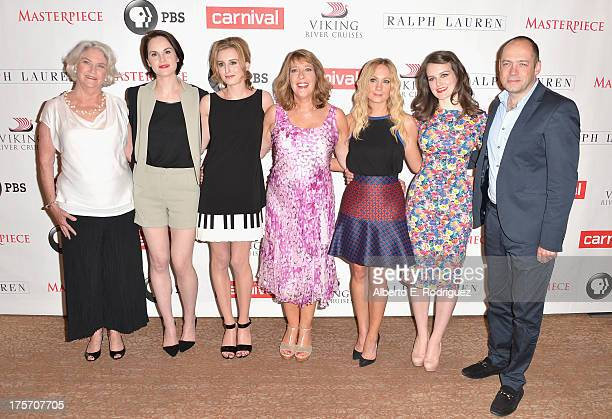 Series executive producer Rebecca Eaton actors Michelle Dockery Laura Carmichael Phyllis Logan Joanne Froggatt and Sophie McShera and executive...