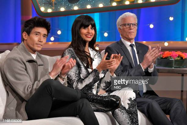 PLACE Series Forking Finale The cast of The Good Place celebrates the series finale with Seth Meyers from 30 Rock in New York NY Pictured Manny...