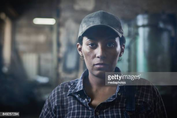 serious experienced female worker - toughness stock pictures, royalty-free photos & images