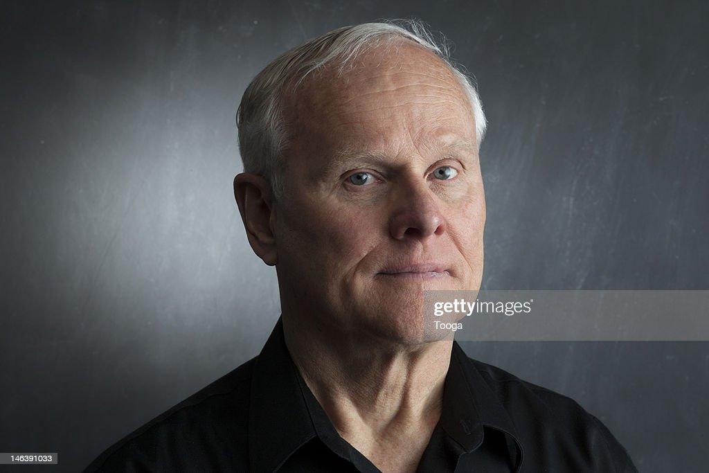 Serious portrait of senior male : Foto de stock
