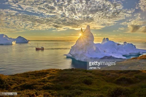 sermermiut greenland ilulissat iceberg - grönland stock-fotos und bilder