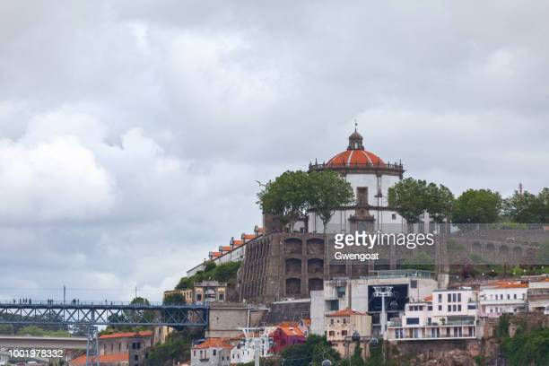 serra do pilar's monastery in gaia - gwengoat stock pictures, royalty-free photos & images