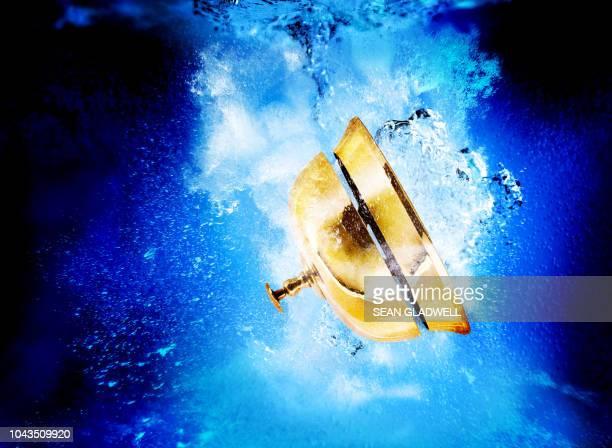 Service bell underwater